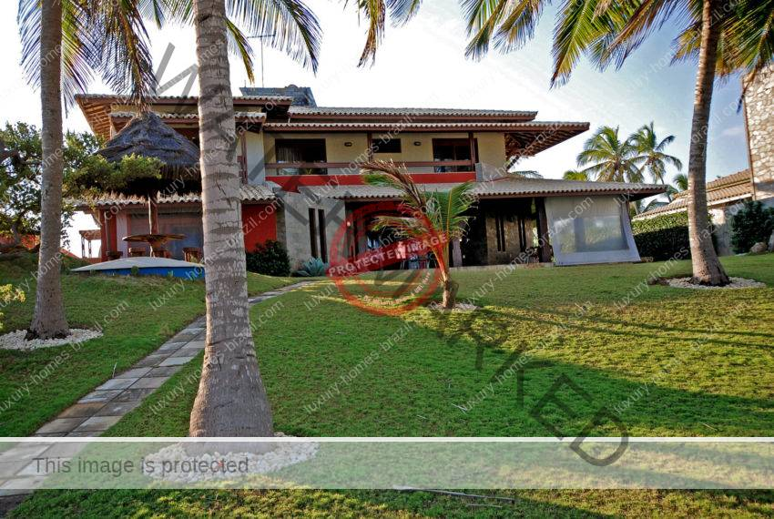 Interlagos Frontbeach home for sale