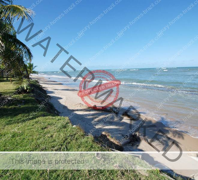 Frontbeach home for sale in Itacimirim
