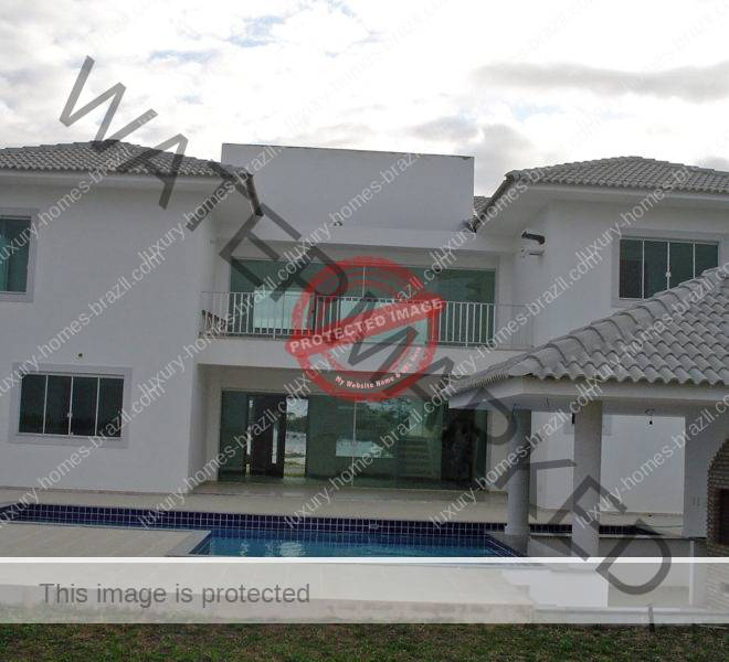 Luxury home for sale in Busca Vida