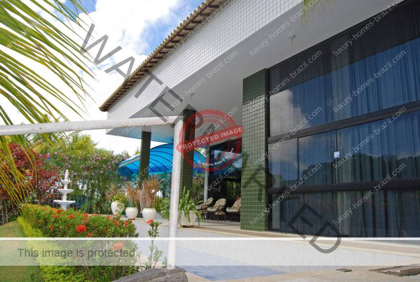 Large home with 8 suites Encontro das Aguas