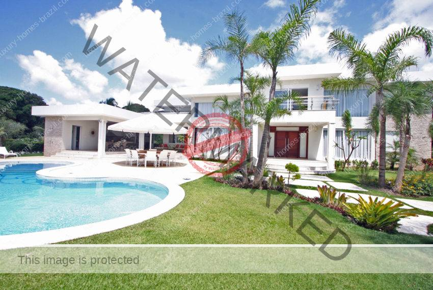 Encontro das Aguas Modern home for sale