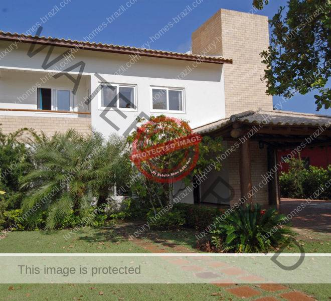 Busca Vida house for sale in Bahia