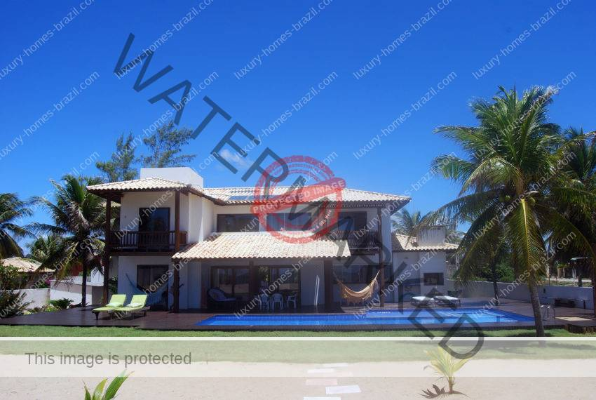 Itacimirim Oceanfront home for sale