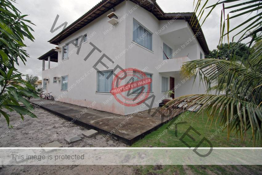 House for sale in Busca Vida