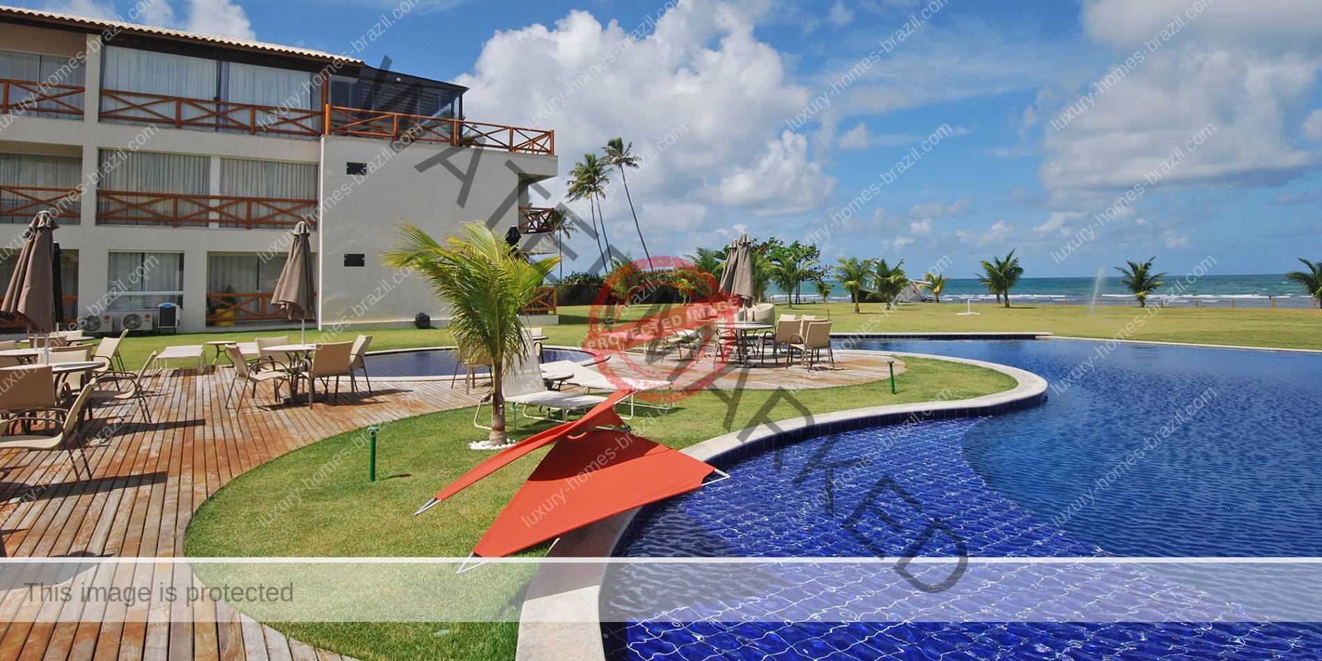 Luxury penthouse for sale in Guarajuba